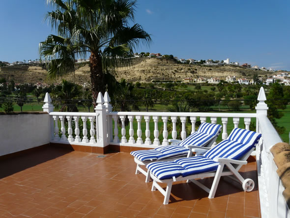 La Marquesa Golf villa, being a frontline villa, has superb views of the La Marquesa golf course